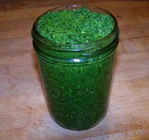 spinach kale pesto